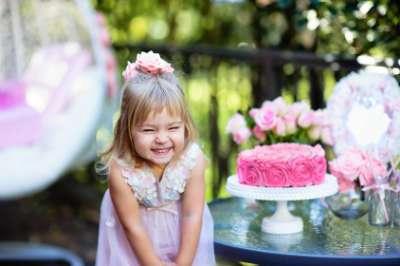 Habiller ses enfants pour une invitation de mariage