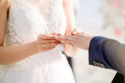 Les vêtements pour un mariage civil